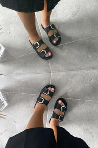 Nomi Leather Sandal - Sort