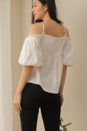 VERA Ribbon Puff Sleeve Blouse