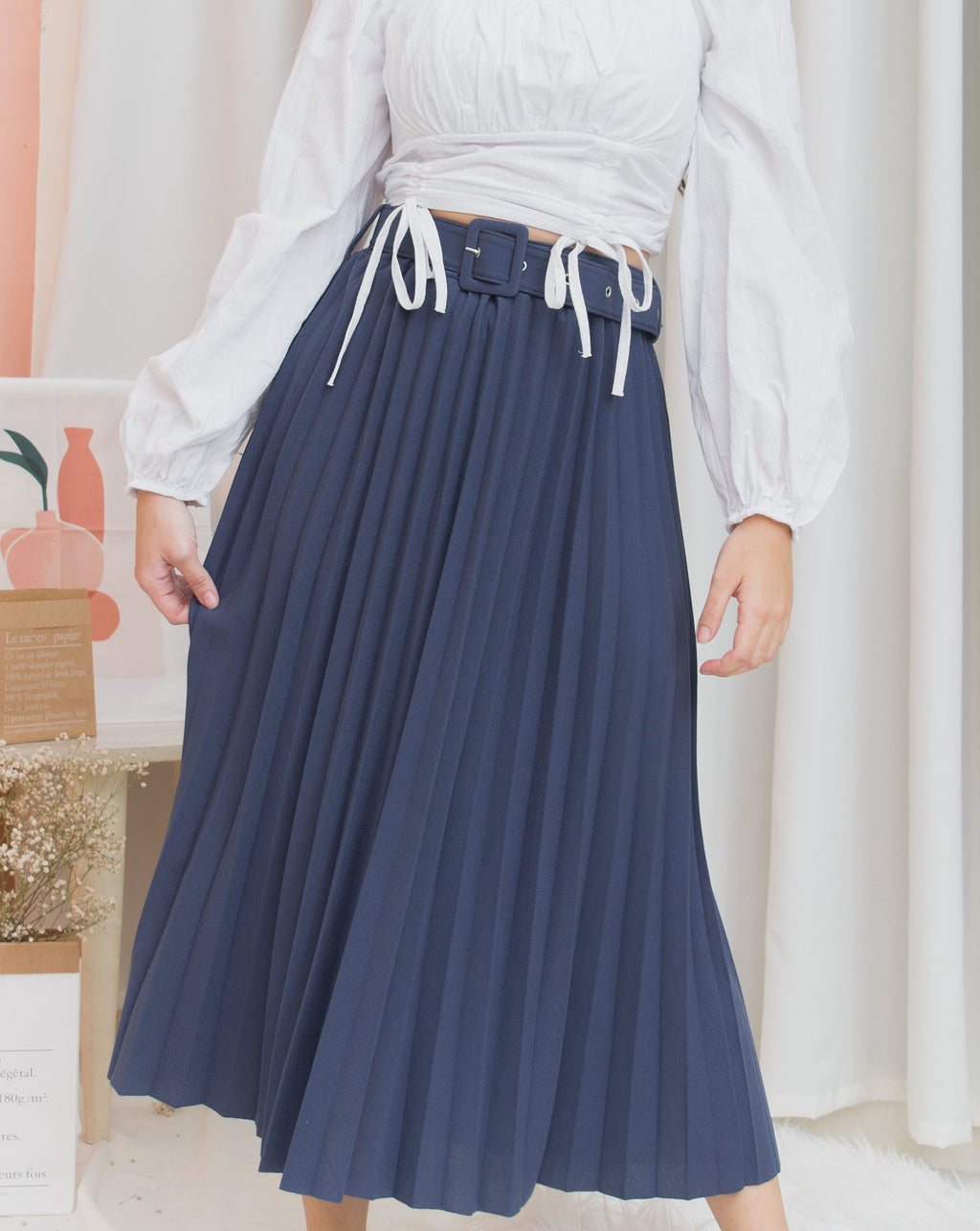 AISLYN Belted Pleated Skirt