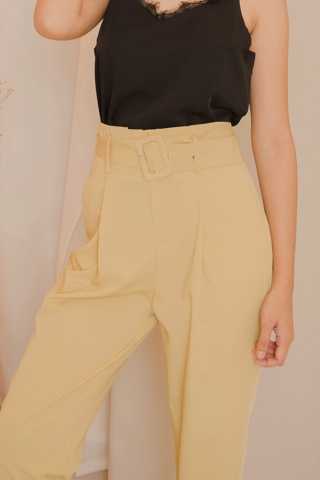 CHARIS Belted Pants
