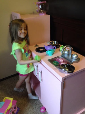 KIDS KITCHEN PART DEUX