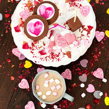 VALENTINES BISCUIT HOT CHOCOLATE GIFT BOX UK DELIVERY