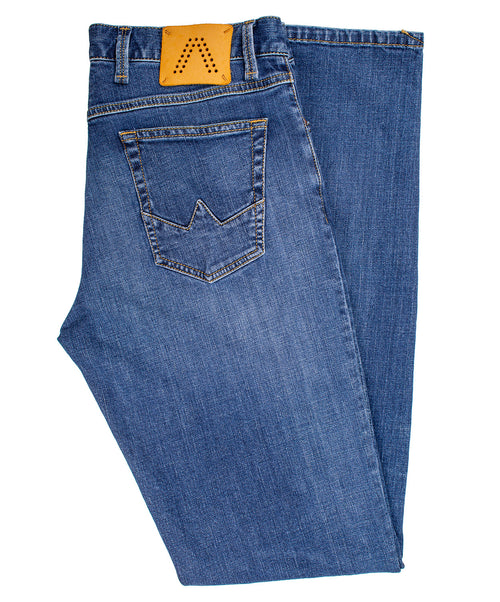 Slipe Medium Blue Jeans