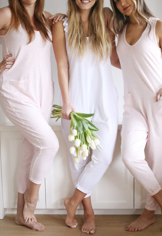 Fashion trends for bridesmaids | White wedding romper | White Jumpsuit for the Bride
