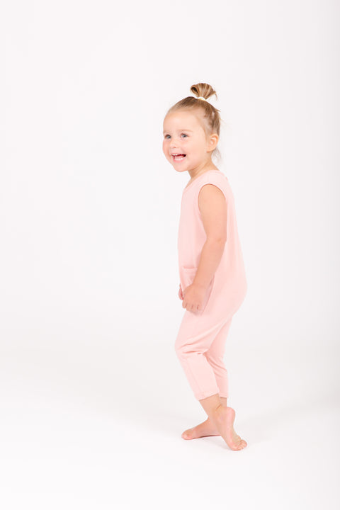 The Mini Saturday Romper | Simone is wearing 2T