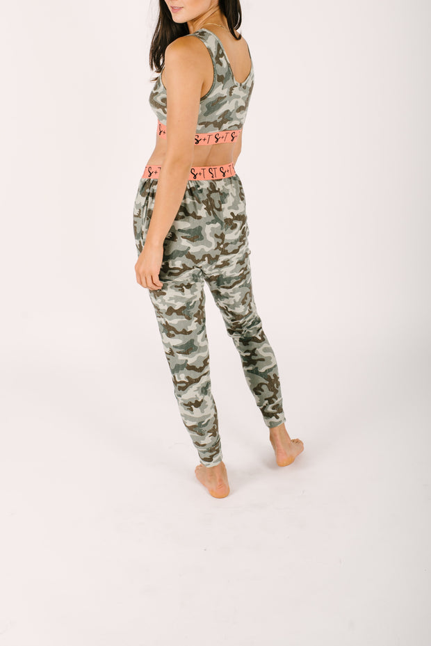 THE LILY CROP IN COOL CAMO