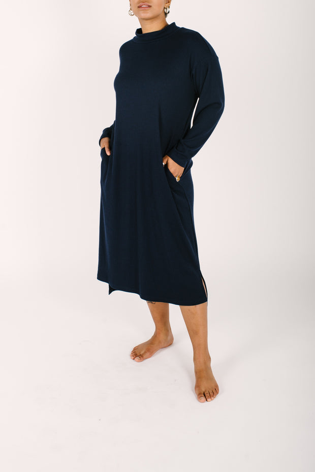 THE WINTER LOUNGER IN MODEST MARINE