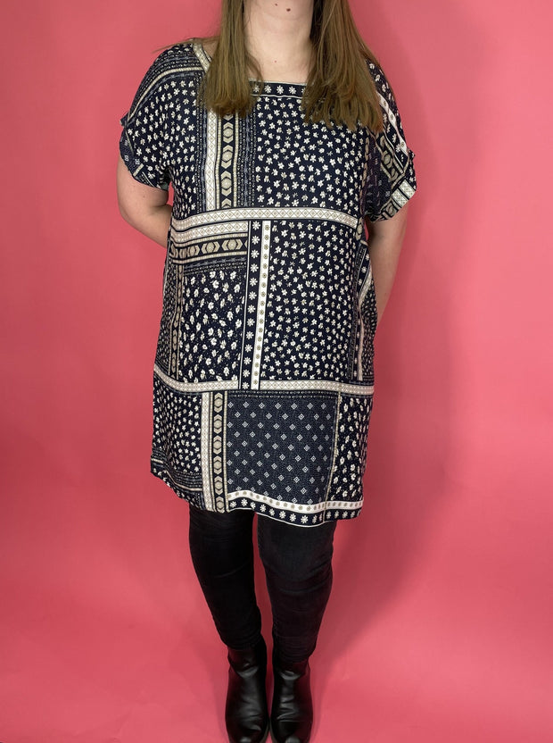 Curve patchwork print tunic