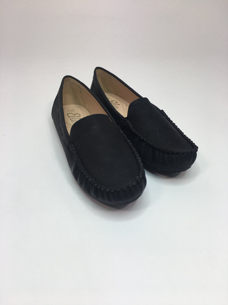 Slip on moccasin shoe