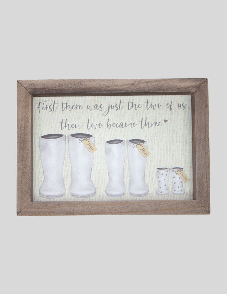 Welly Family Of 3 Plaque