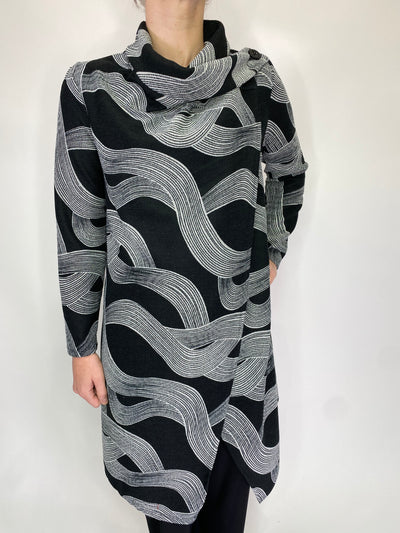 Saloos Wave Print Jacket