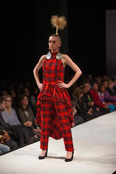 PLAIDITUDE - Red Plaid Peplum Pantset