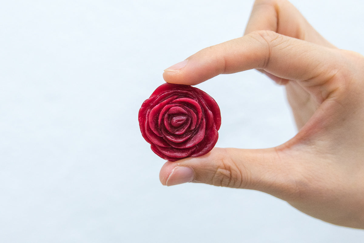 Fun with polymorph - making red rose accessories
