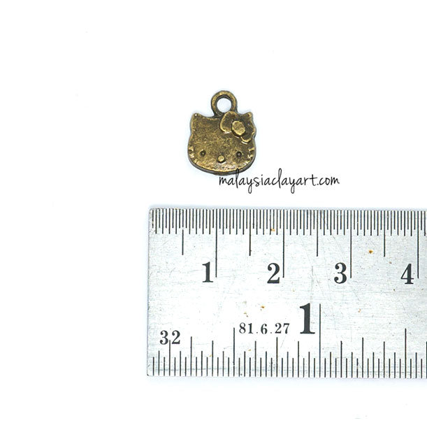 Hello Kitty Bronze Vintage Zakka Charm