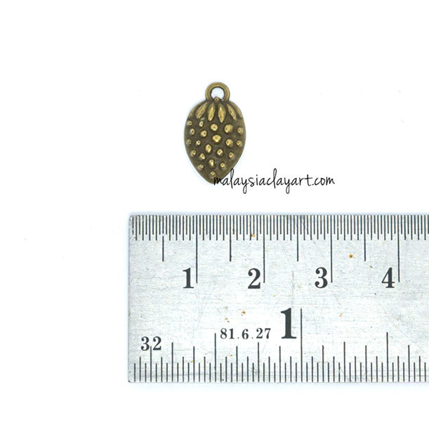 Strawberry Bronze Vintage Zakka Charm