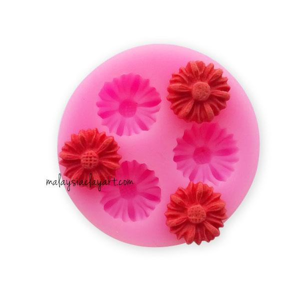 Mini Daisy Flower Silicone Mold - 3 Cavity