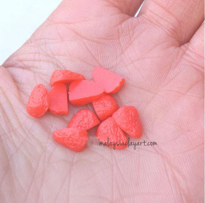 Quarter Strawberry Cabochon (10 pcs) Dollhouse Fruit Toppings Sweets Deco