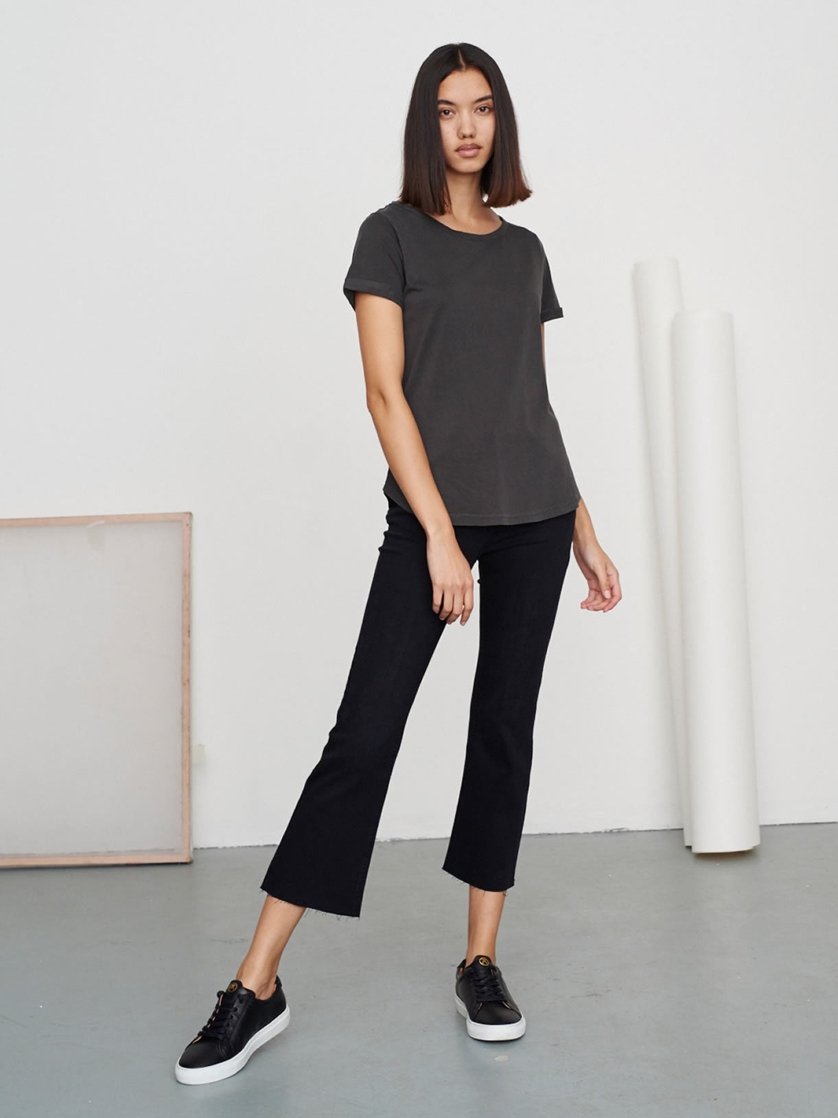 Women's Classic Round Neck Tee Granite