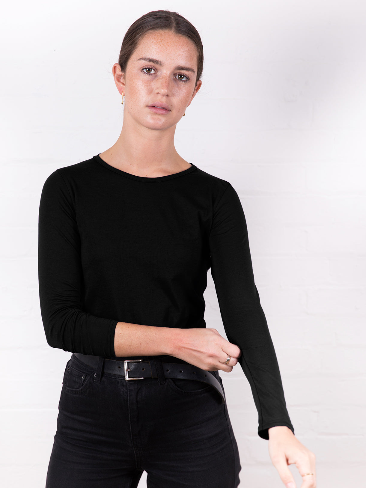 Women's Long Sleeve Round Neck Tee Black