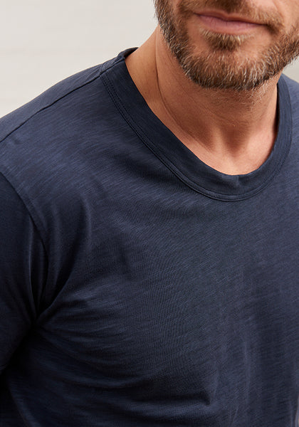 Men's Slub Cotton Curve Hem Tee Deep Navy
