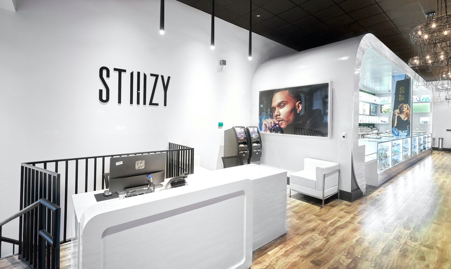 STIIIZY UNION SQUARE PAVING A PATH FOR LATINA WOMEN IN CANNABIS