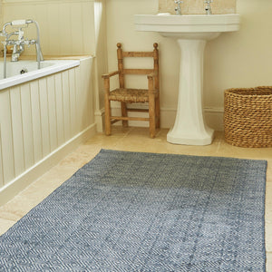 NAVY DIAMOND RUG