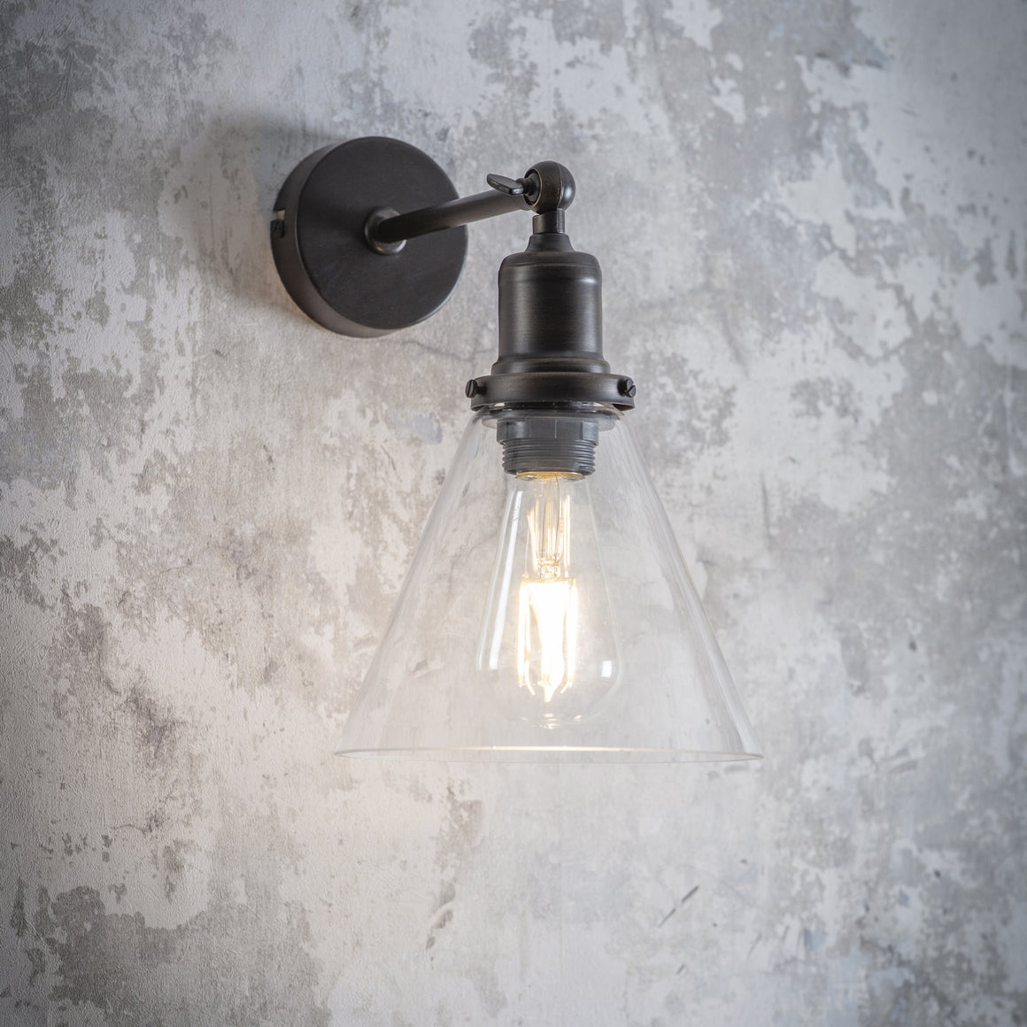HOXTON WALL LIGHT