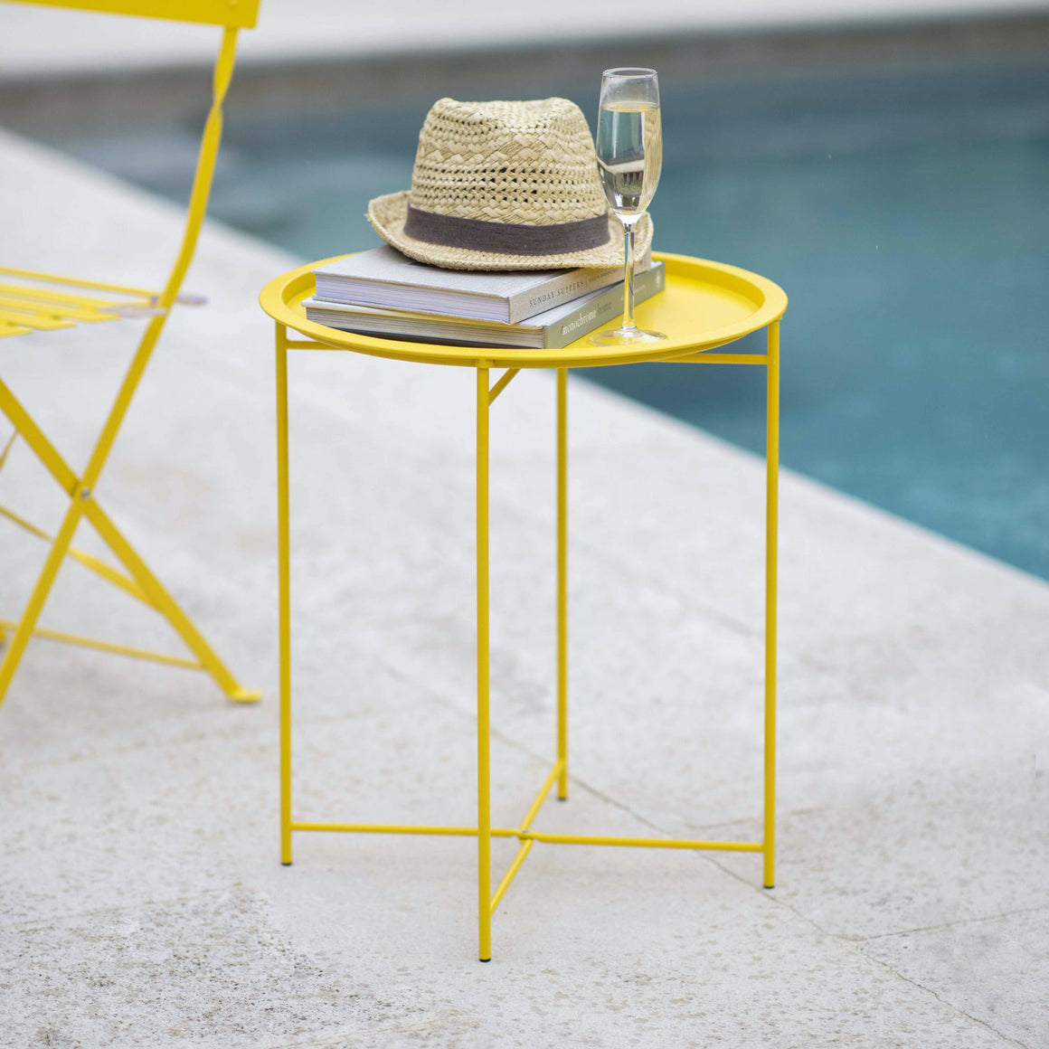 RIVE DROITE BISTRO TRAY TABLE - LEMON