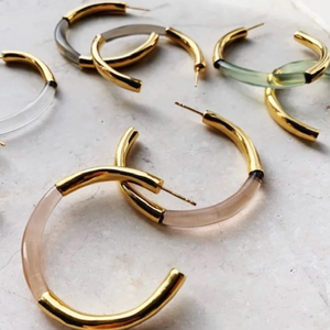 SHYLA GOLD GLASS THICK HOOP EARRINGS