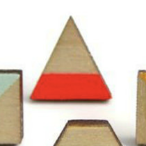 TRIANGLE FLORESCENT RED - EARRINGS
