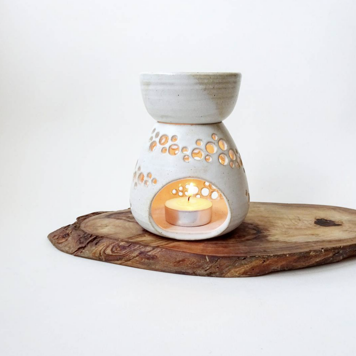 CERAMIC OIL BURNER - DETAILED