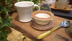 CHAI TEA & STRAINER SET - MILK WHITE