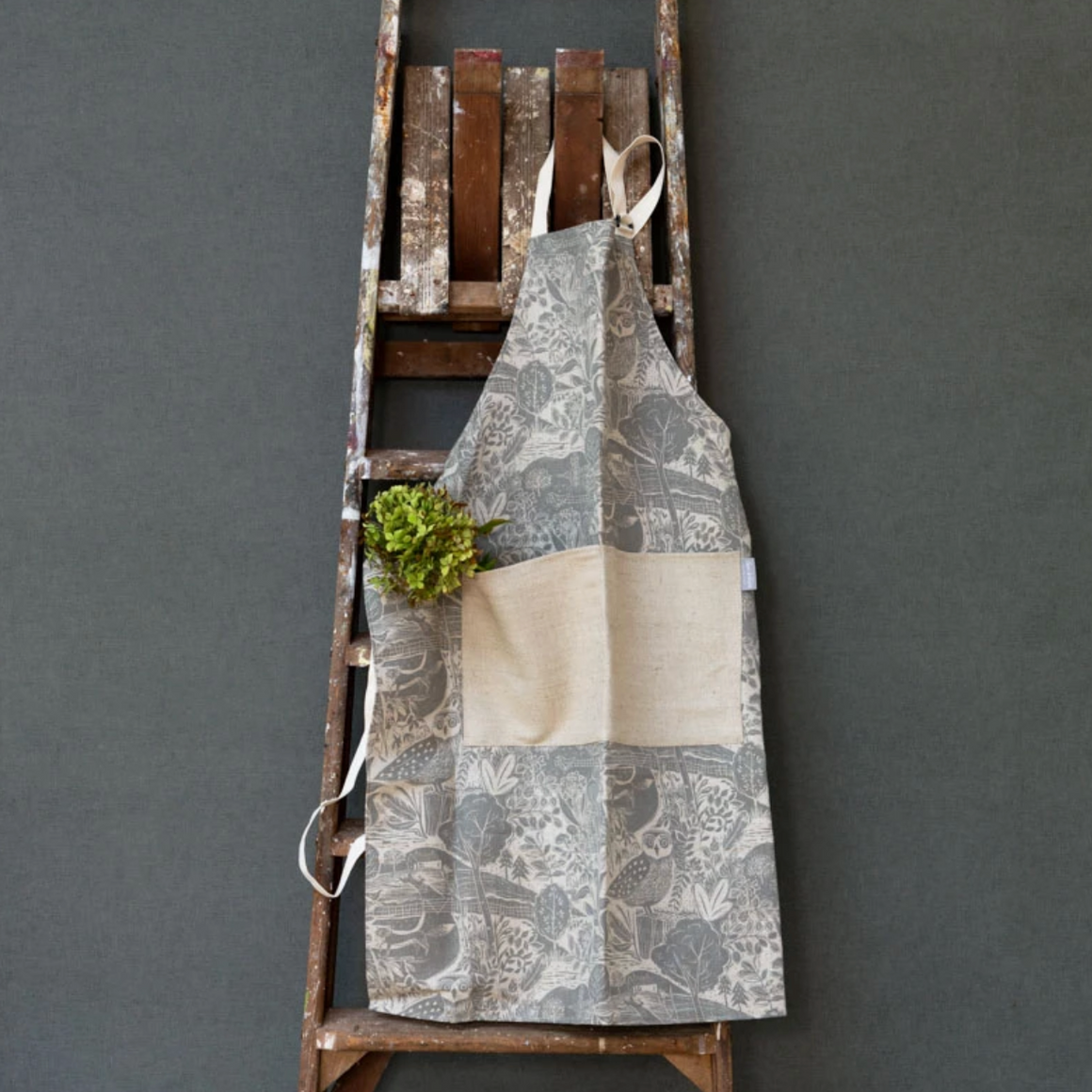 OWL AND FOX LINEN APRON