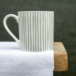 GREY STRIPE MUG