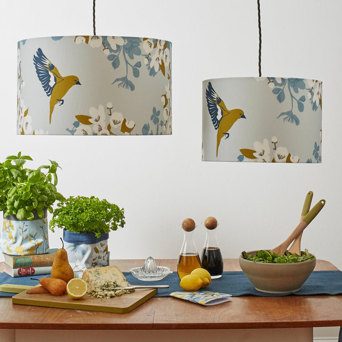 GREENFINCH LAMPSHADE