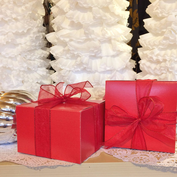 holiday soap & wooden dish gift set
