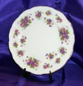 Royal Albert-Violetta-Bone China-Bread and Butter Plate-4