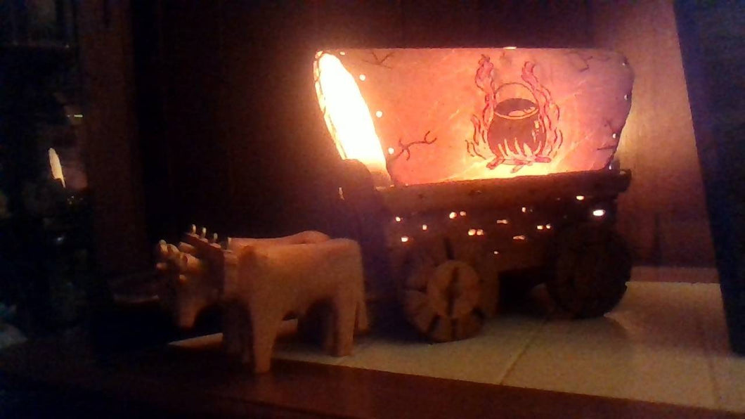 Vintage Covered Wagon Lamp