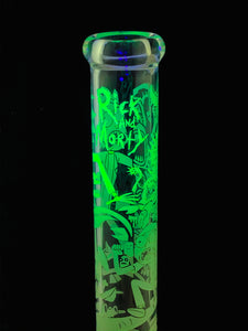 Rick & Morty Glow in the Dark Etched Waterpipe