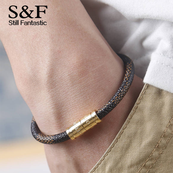 Designer Luxury Men's Leather Bracelet with Gold Connector - ShopVVS