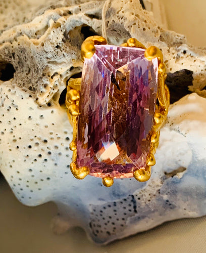Faceted Kunzite and Gold Cocktail Ring