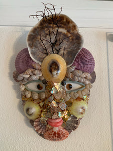 Brighella Shell Mask