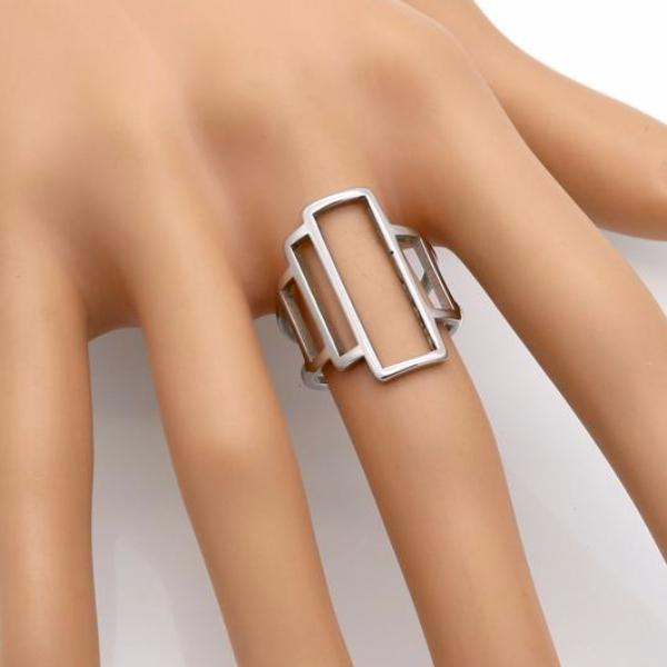 Hollee | Hollow Rectangle Ring