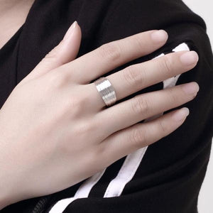 Maeve | Multilayer Wire Ring