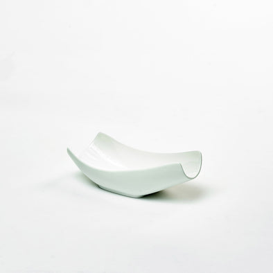 Classic White Porcelain Small Curved Salad Bowl
