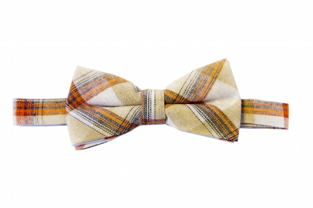 Apricot bow tie