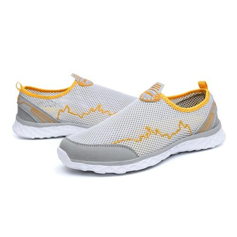 Women's Light Water-Resistant & Breathable Running Shoes