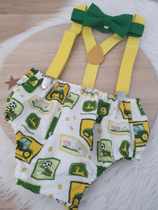 JOHN DEERE print - Boys Cake Smash Outfit, First Birthday Outfit, Size 1, 3 Piece Set