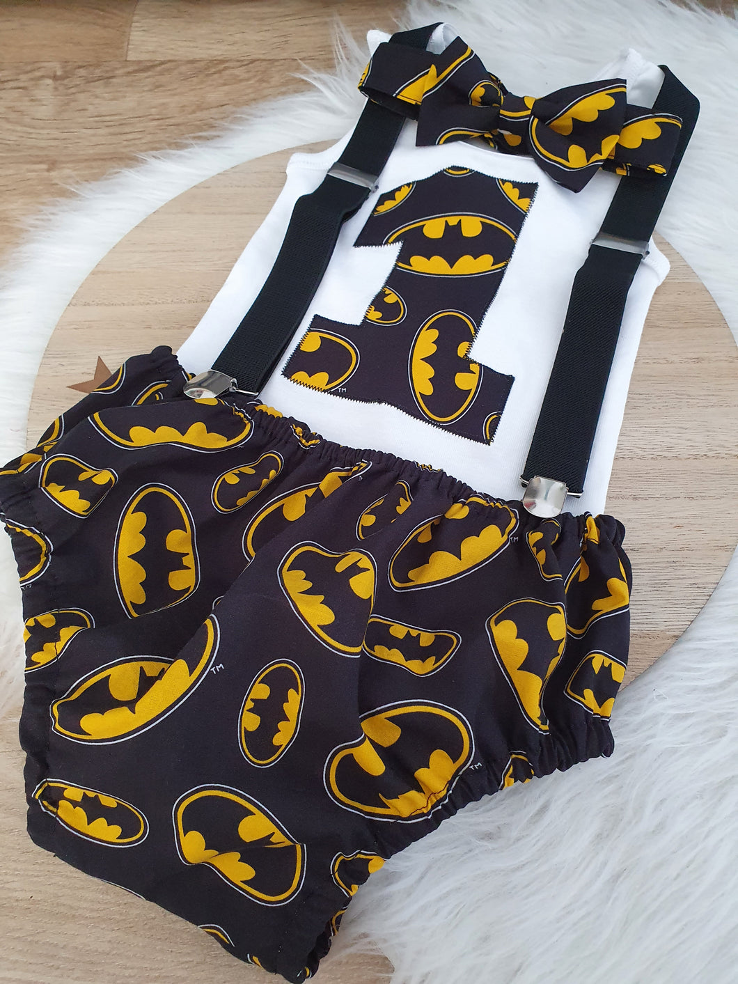 BATMAN print - Boys 1st Birthday - Cake Smash Outfit - Size 1, Nappy Cover, Tie, Suspenders & Singlet Set