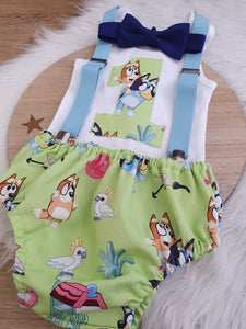 BLUE DOG ON GREEN - Boys 1st Birthday - Cake Smash Outfit - Size 1, Nappy Cover, Tie, Suspenders & Singlet Set